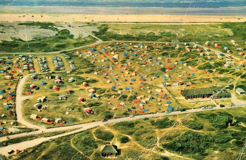 Luchtfoto camping Duinoord Nes