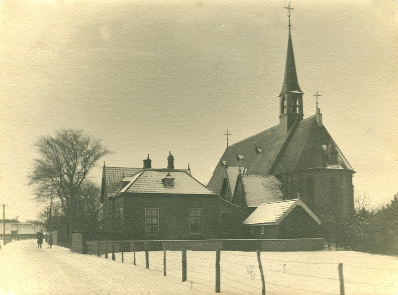 Sint Clemenskerk in de winter